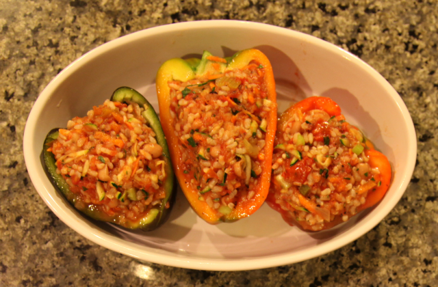 Stuffed bell peppers vegan